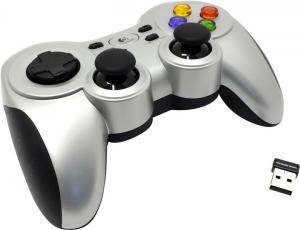 Геймпад Logitech Wireless Gamepad F710 (12кн.,8 поз.перекл.,2 minijoysticks,USB)<940-000121>